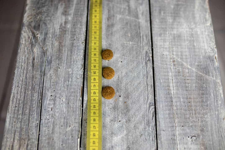 Größe der Futterbrocken von Bozita Original